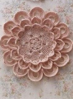 Объемный цветок крючком схема 20