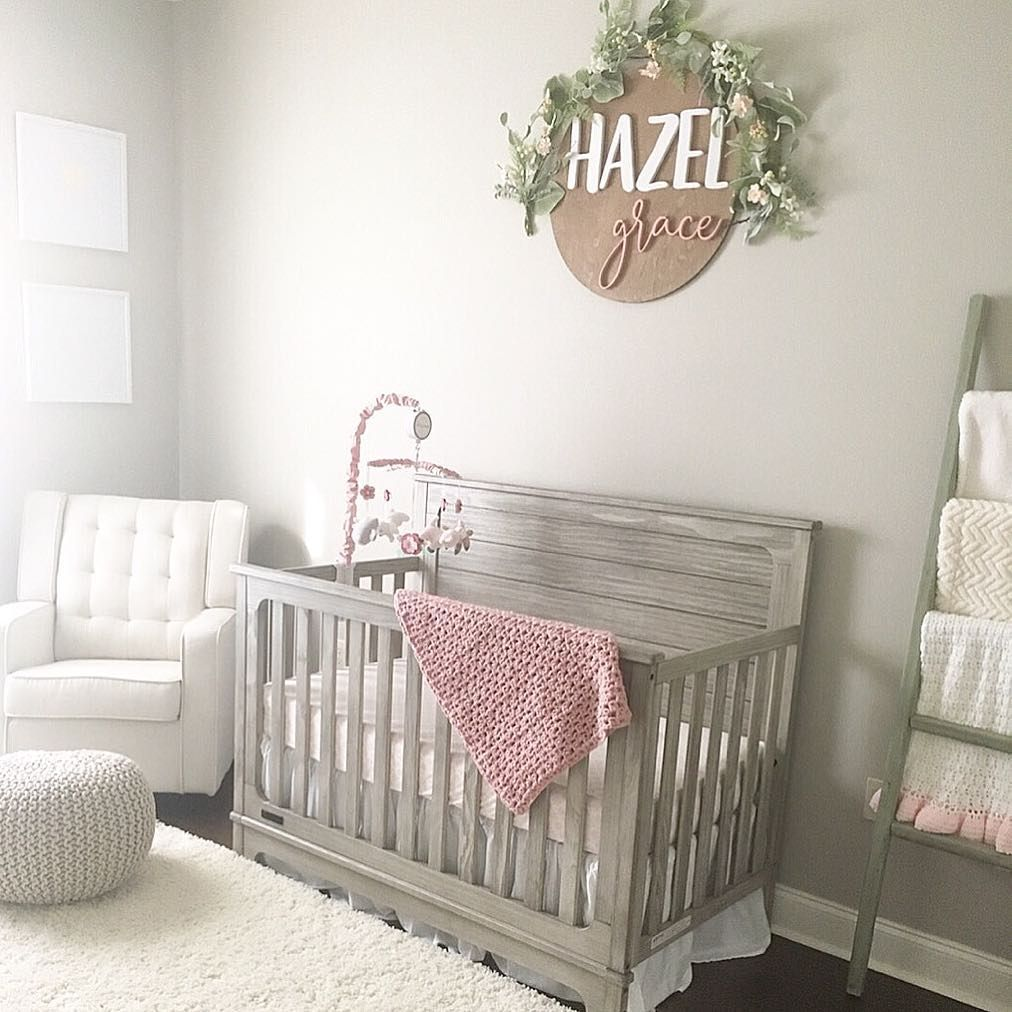 Modern Nursery Ideas: Modern Baby Girl #nursery Idea, #grey And #pink Nursery