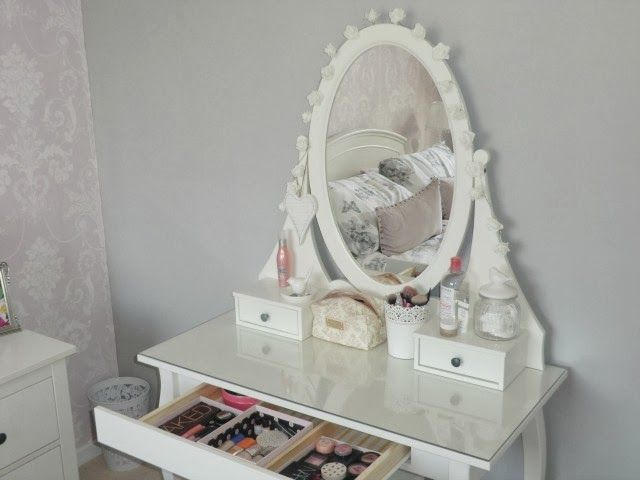 Catherines Loves My Ikea Hemnes Dressing Table Make Up Storage Ikea Dressing Table Ikea Vanity Table Make Up Storage