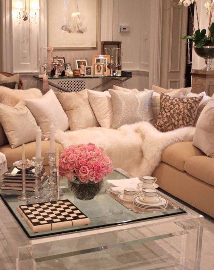 Pretty coffee table fur blanket cream and pink living room also best decor images on pinterest home ideas rh
