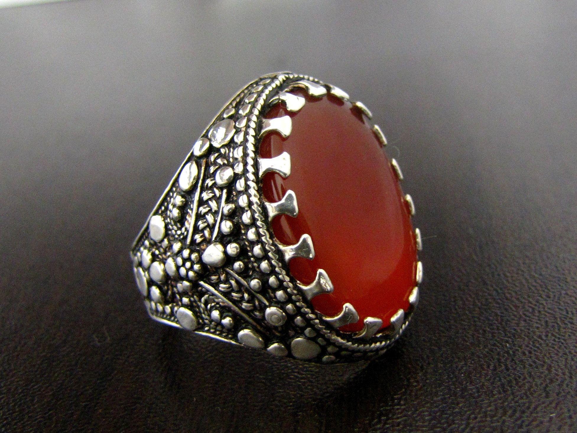 Artisenal Silver Ring With Genuine Yemeni Clear Red Agate Sz 9 5 Yemen Akik Aqeeq خاتم فضه صنعاني مع عقي Rare Pendant Elegant Necklaces Lovely Necklace
