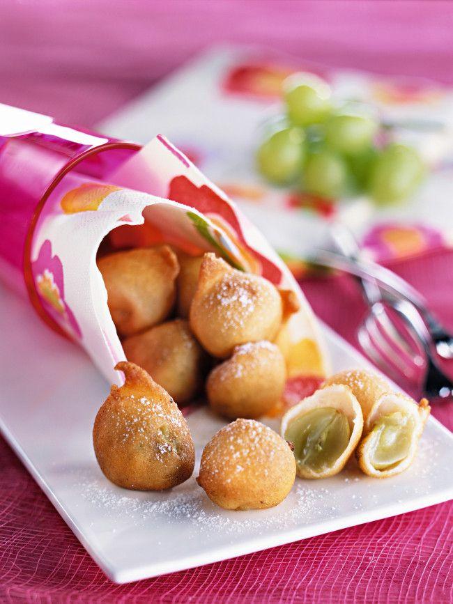 Réalisez des beignets de raisins en suivant cette recette gourmande ! Des gourmandises idéales pour le goûter des petits et des grands.