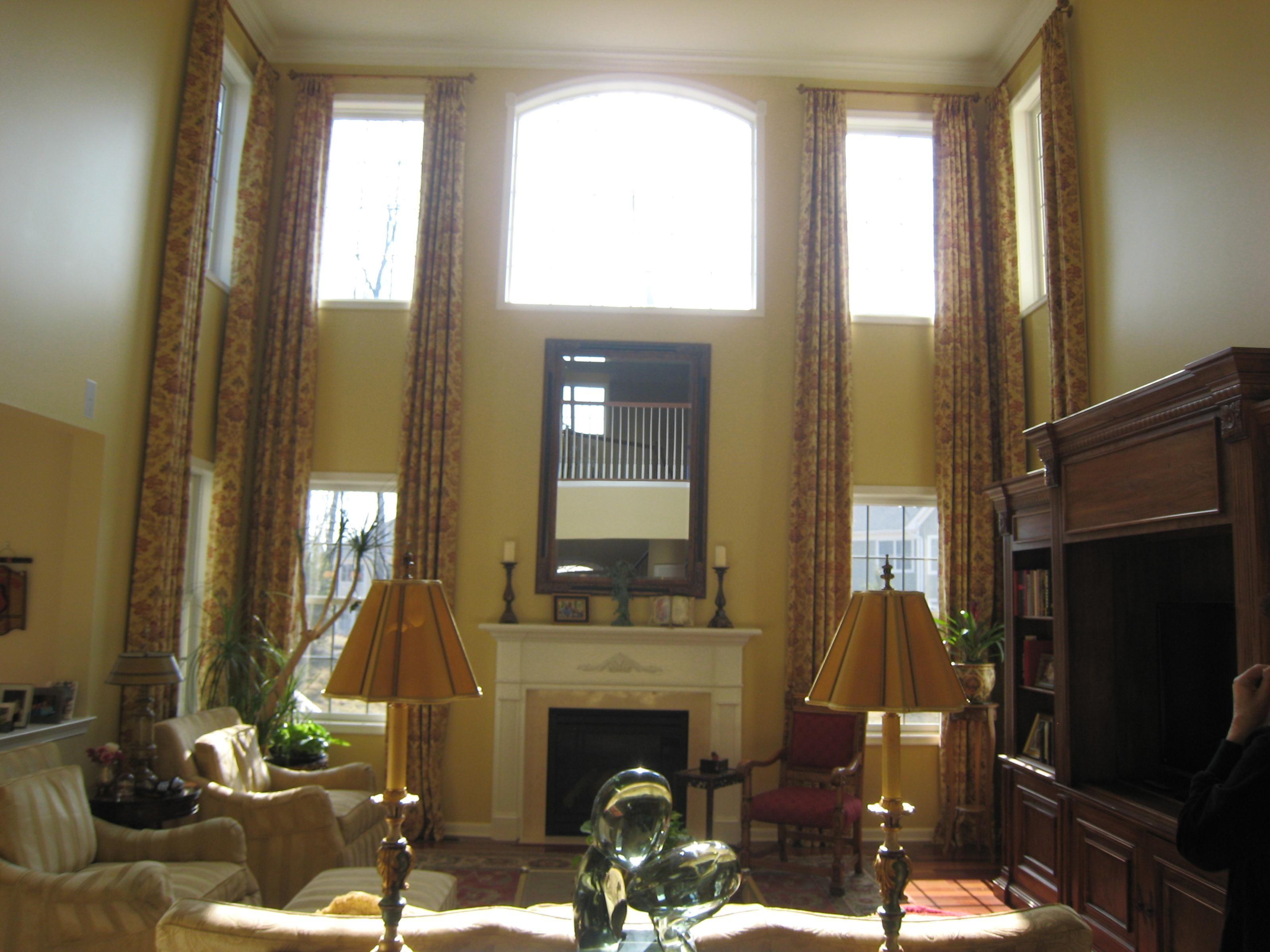 High Ceiling Window Curtains o