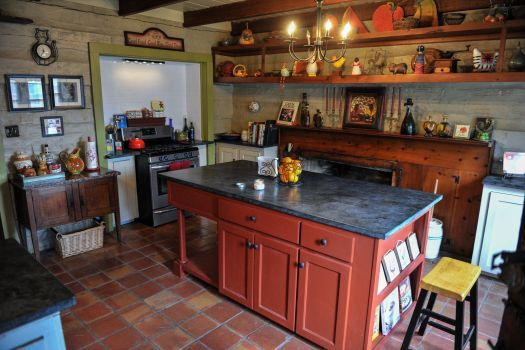 Period Colonial Kitchens With Soapstone