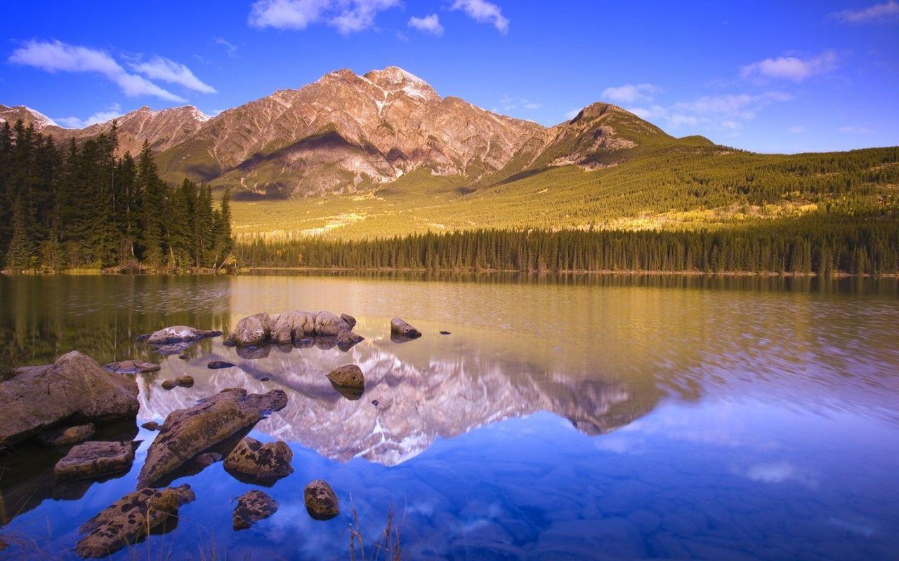 Beautiful Mountain Lake 2 Desktop Wallpaper 1280x800 Beautiful Landscapes Landscape Wallpaper National Geographic Wallpaper