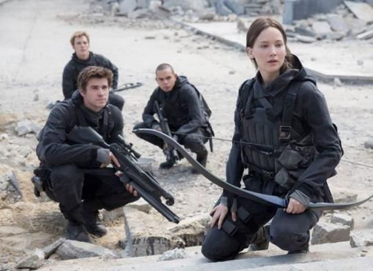 Jennifer Lawrence Shares First Photo From 'The Hunger Games: Mockingjay – Part 2' #Unite
