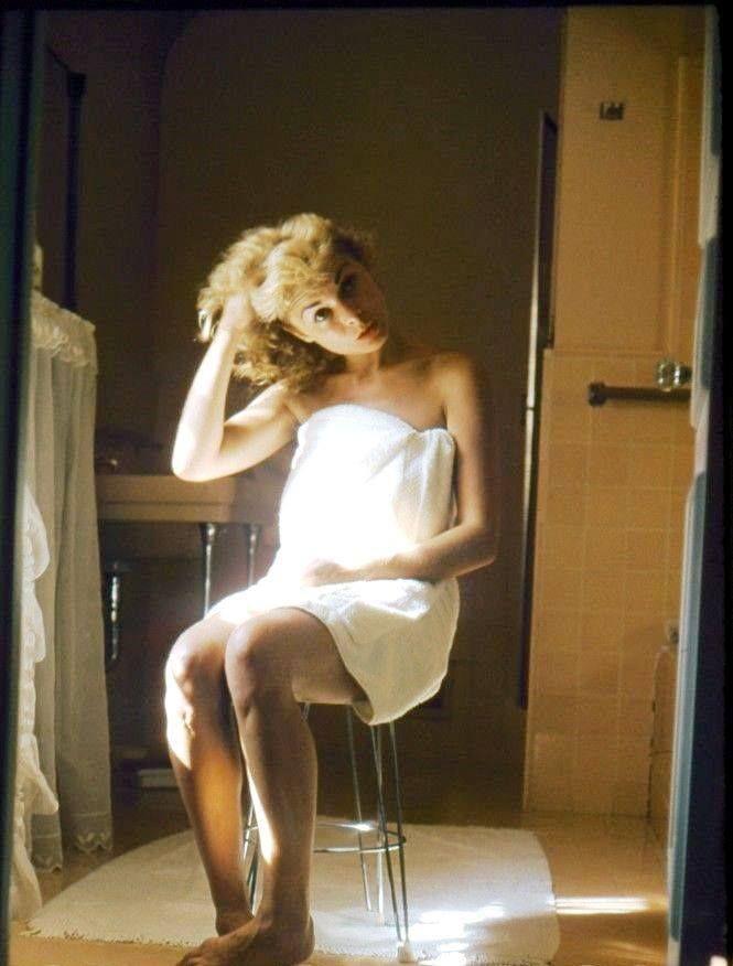 Hots Erin Berlin Nude Gif