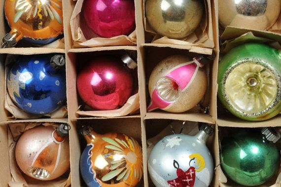 Vintage Christmas Tree Ornaments by kevinstreasuries on Etsy, $31.00