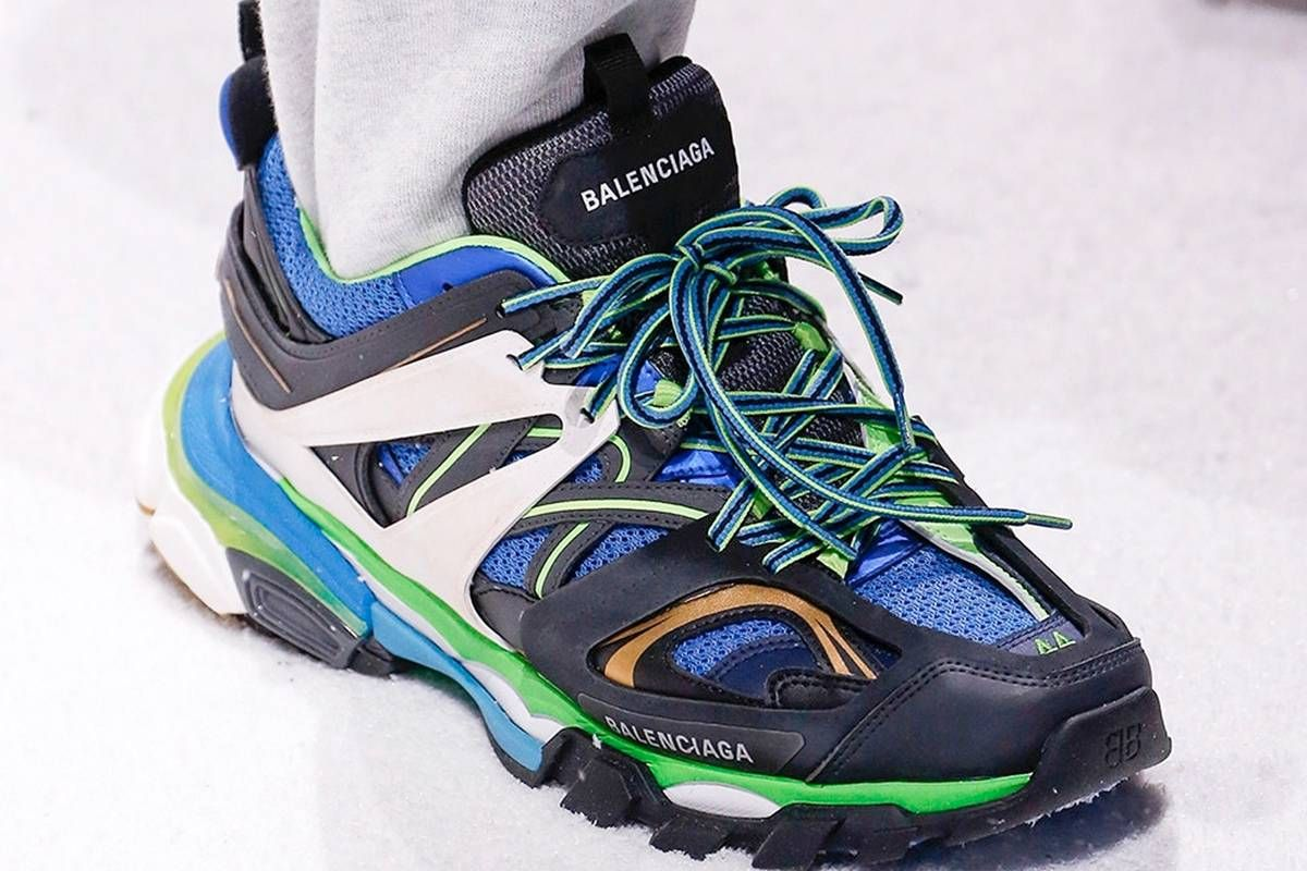 on sale 06586 cf023 There is no shortage of eyes on Balenciaga in After the brand.