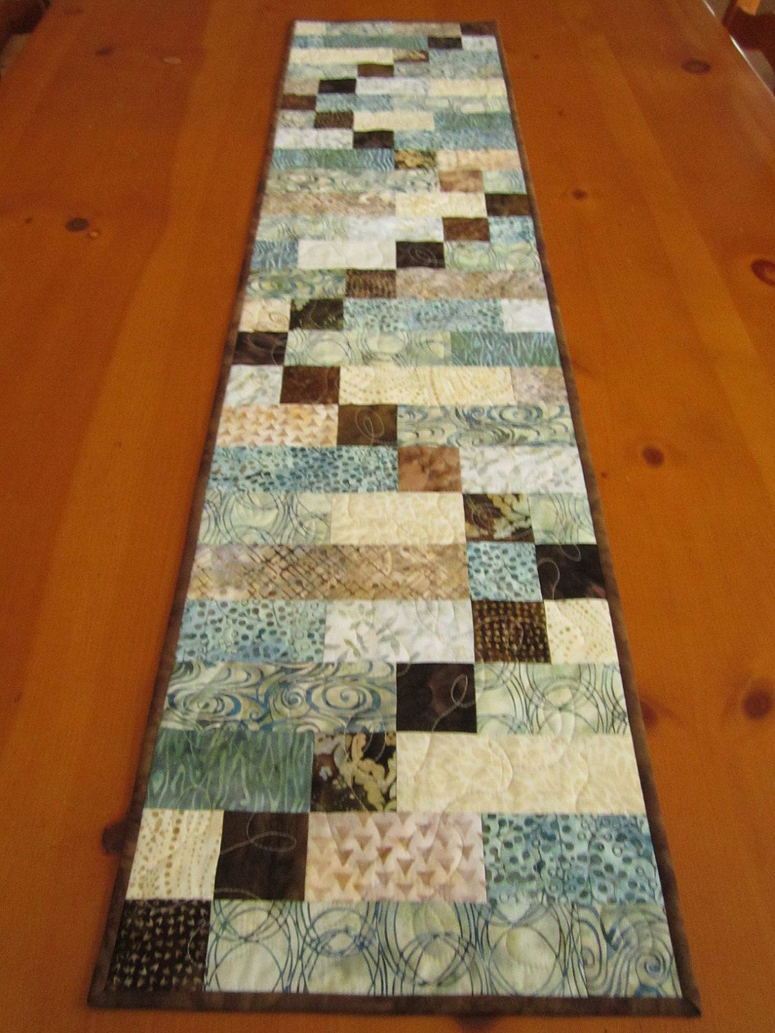 Pinterest Quilting Table Runners : Batik Table Runner Quilted Table Runner by PatchworkMountain...I just love this pattern and the ...