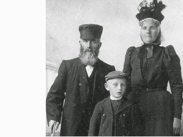 Hendrik Knevelbaard en Berinda v D Borg  Hendrik kn  Hendrik Knevelbaard en Berinda v D Borg