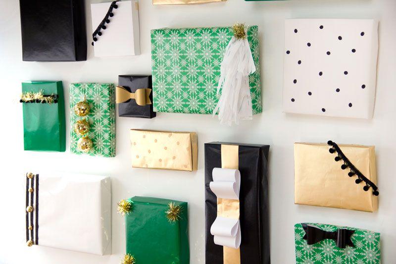 DIY Holiday Present Photo Backdrop   Gaver og Kort