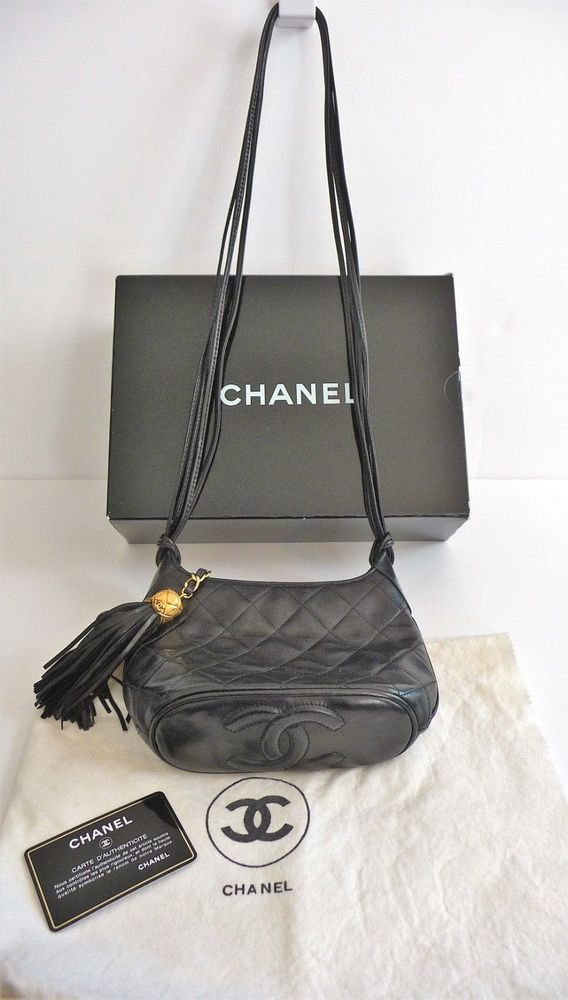 d6e280fa33b441 Chanel Vintage Small Black Quilted Leather Shoulder Purse Bag Double CC  Bottom #CHANEL #ShoulderBag
