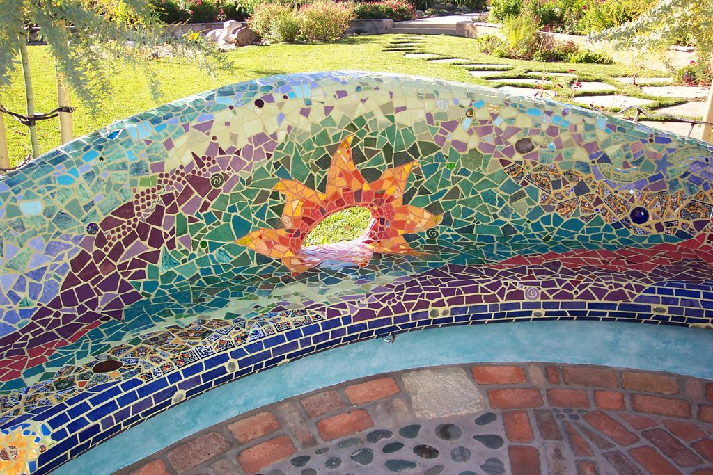 Mosaic Sculpture - Passiflora Mosaics - Fred & Donnell Pasion