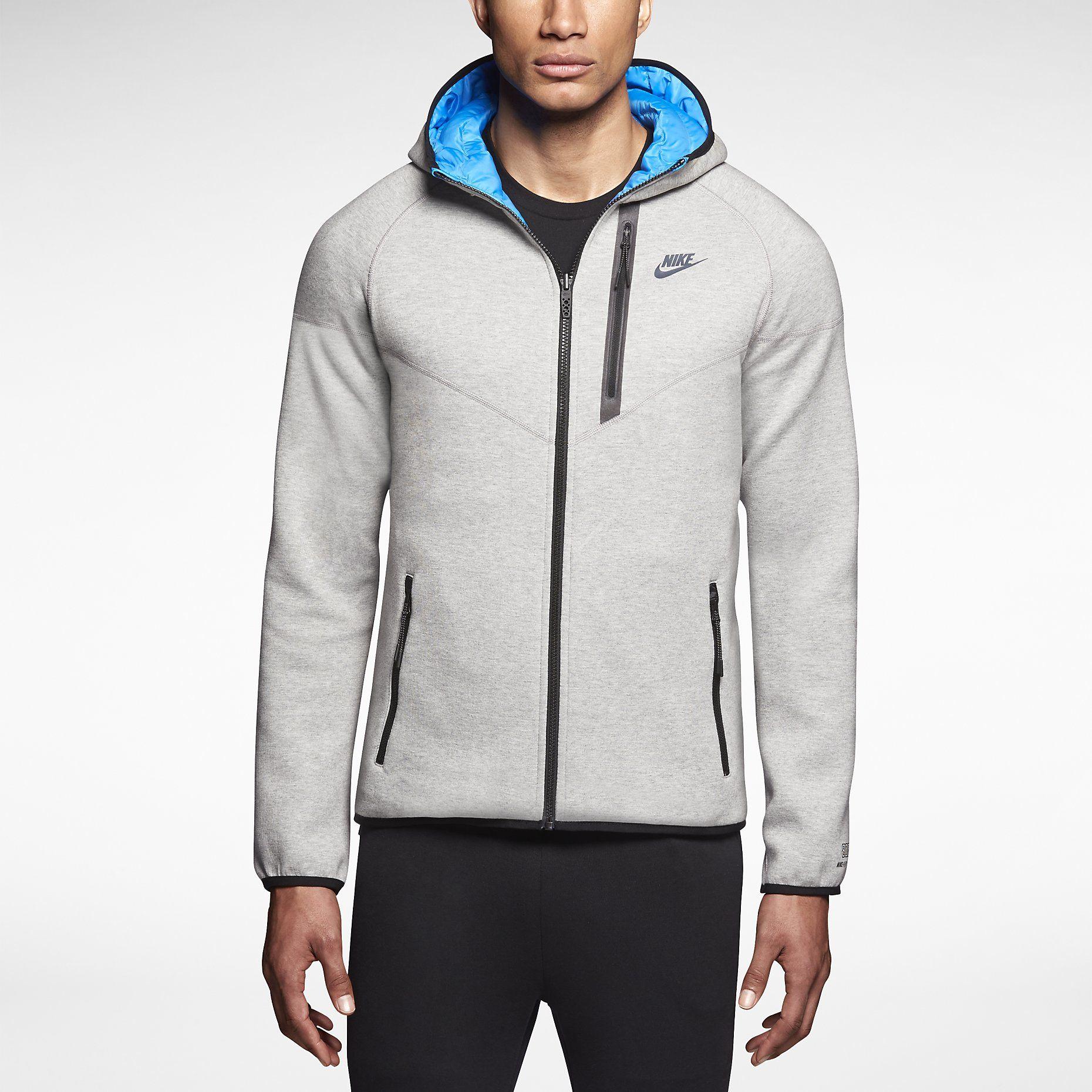 separation shoes 62775 900b9 Nike Tech Fleece Aeroloft Windrunner Tessuto termico esclusivo che unisce  un morbido tessuto in jersey a inserti in nylon per trattenere il calore  del corpo ...