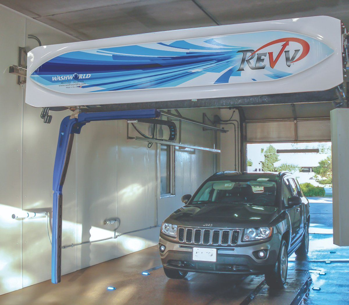 Washworld's lowcost Revv a touchfree carwash in bay