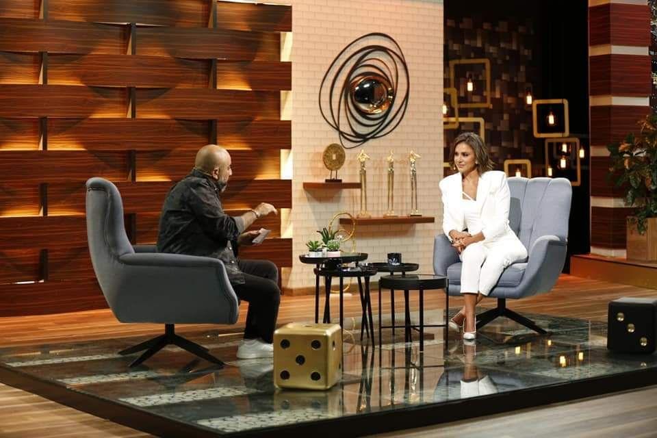 ديمة قندلفت ضيفة برنامج راحت علينا الخميس 18 6 2020 Eames Lounge Chair Eames Lounge Lounge Chair
