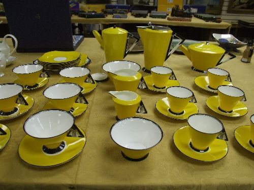 Stunning Yellow Sey Art Deco Tea And Coffee Service With Geometric Patterns To Handles