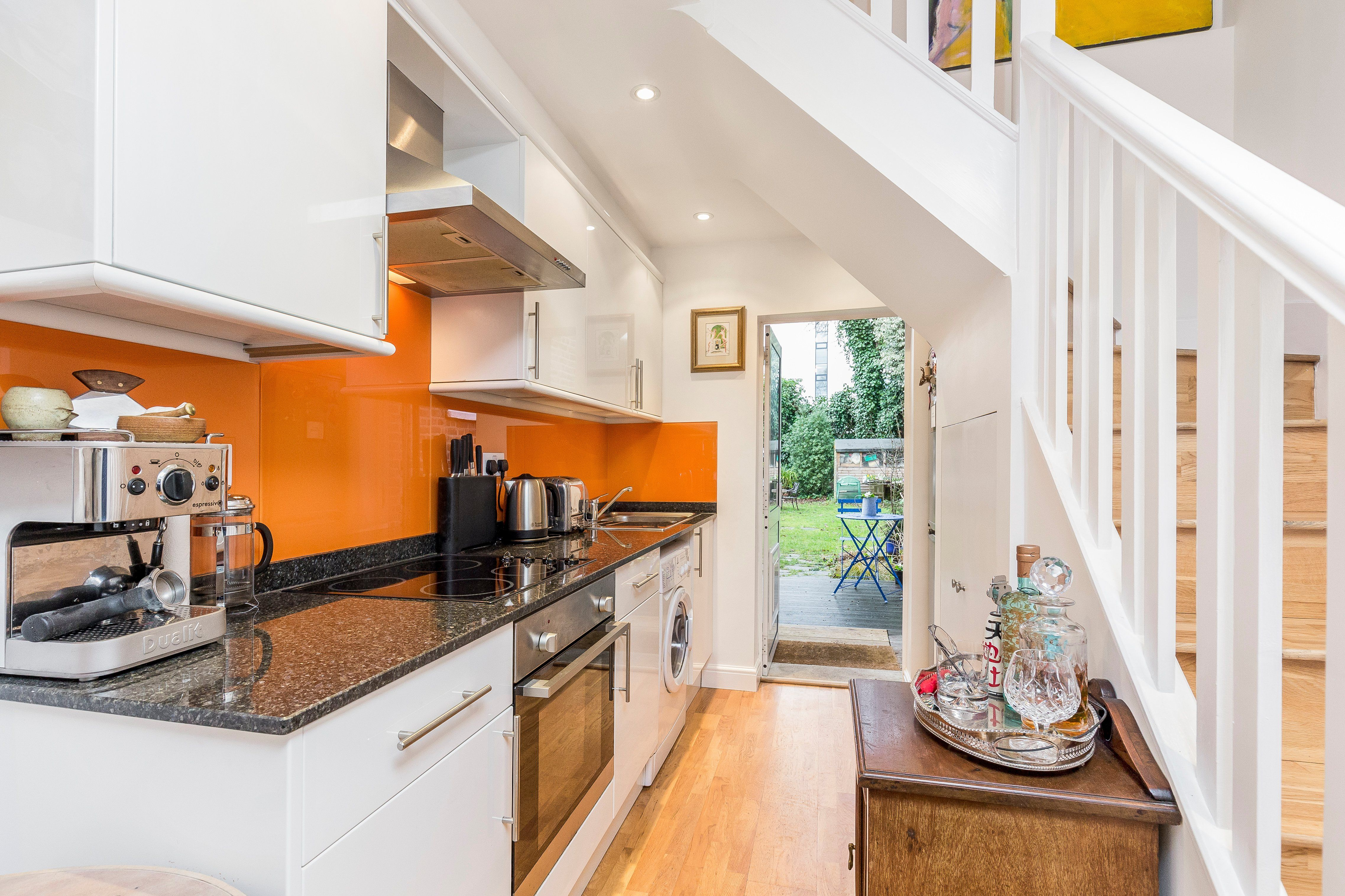 A Former Coach House One Room Wide In Pictures Stylish