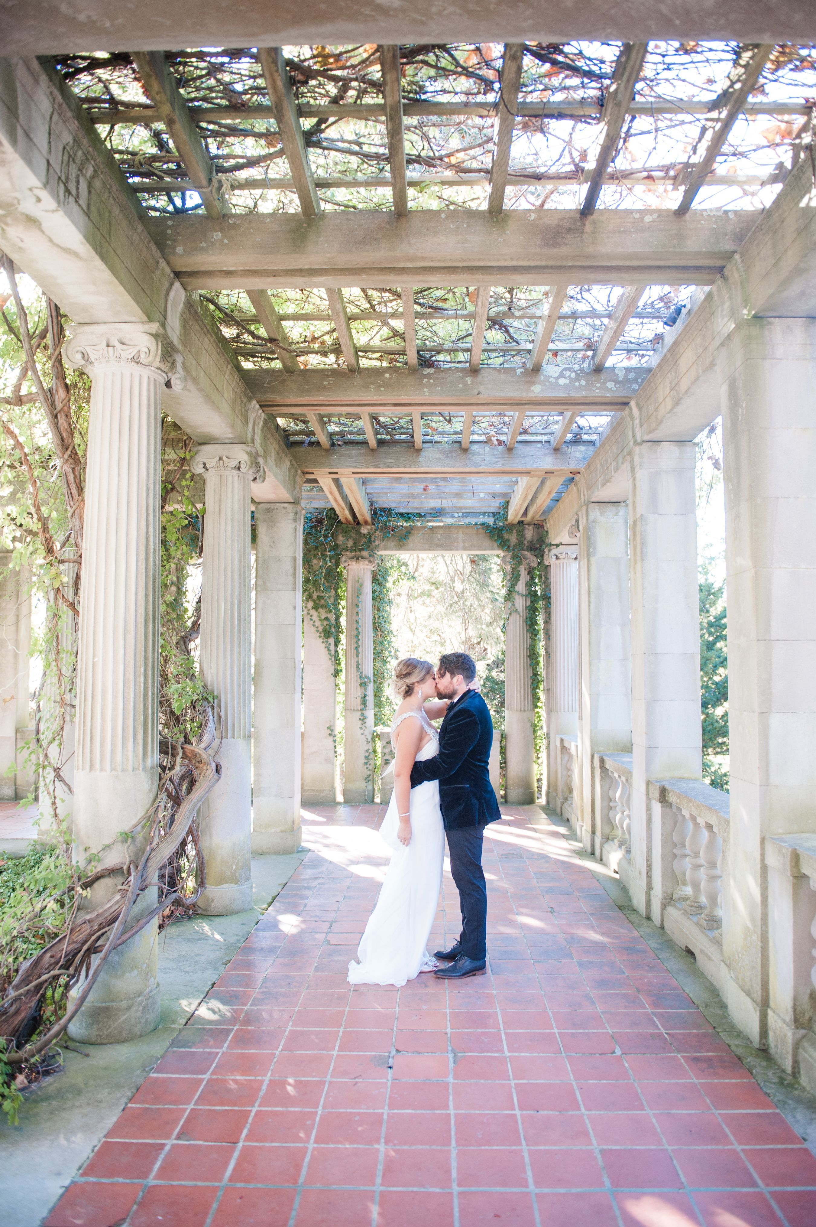 Kat Josh Real Wedding At Eolia Mansion At Harkness Memorial State Park Eolia Real Weddings State Parks