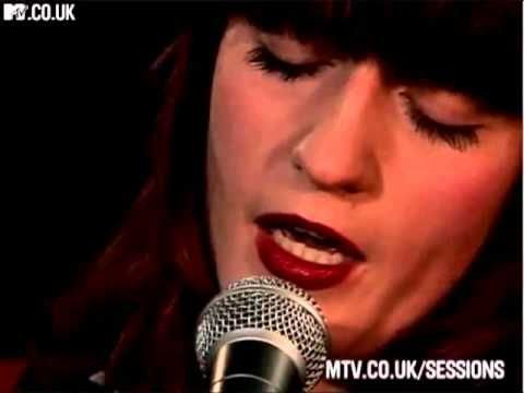 Florence And The Machine Girl With One Eye Mtv