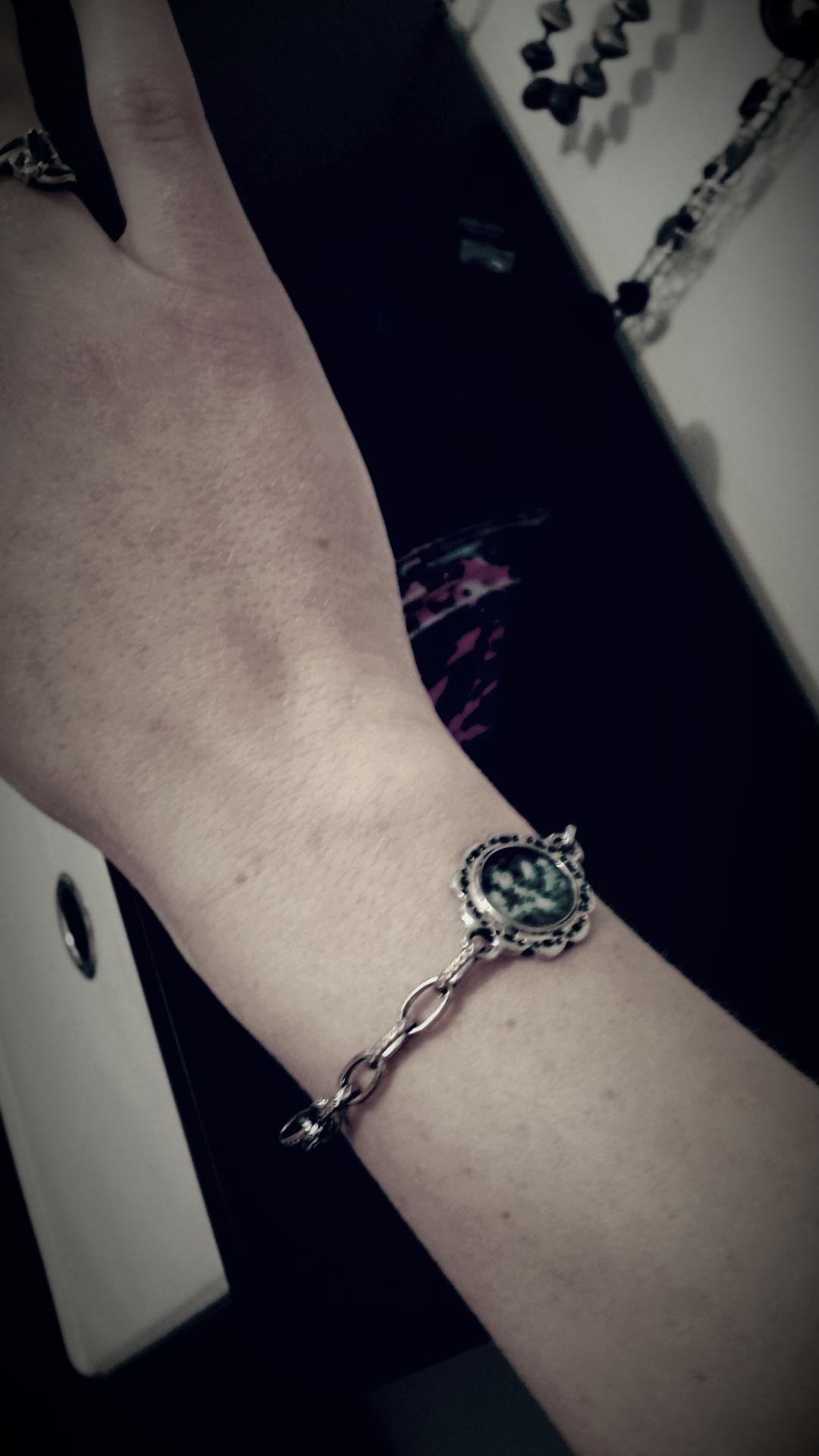 Bracelet in remembrance