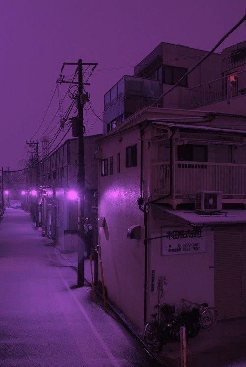 Neon purple has me feeling all kinds of ways. www.30Fifteen.co.uk 30Fifteen | Tennis | Fitness | Purple Hues