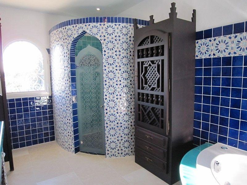 Création de salle de bain Orientale - Décoration intérieure ...