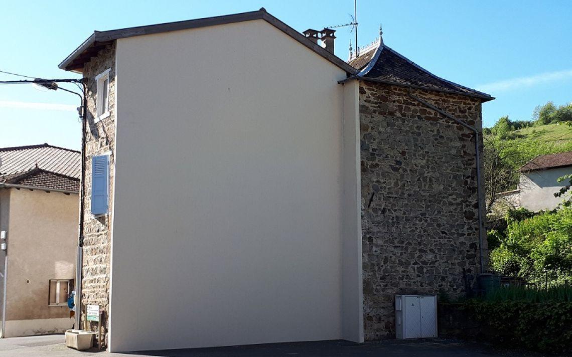 Rénovation thermique du pignon d\'une maison de village en pierres ...