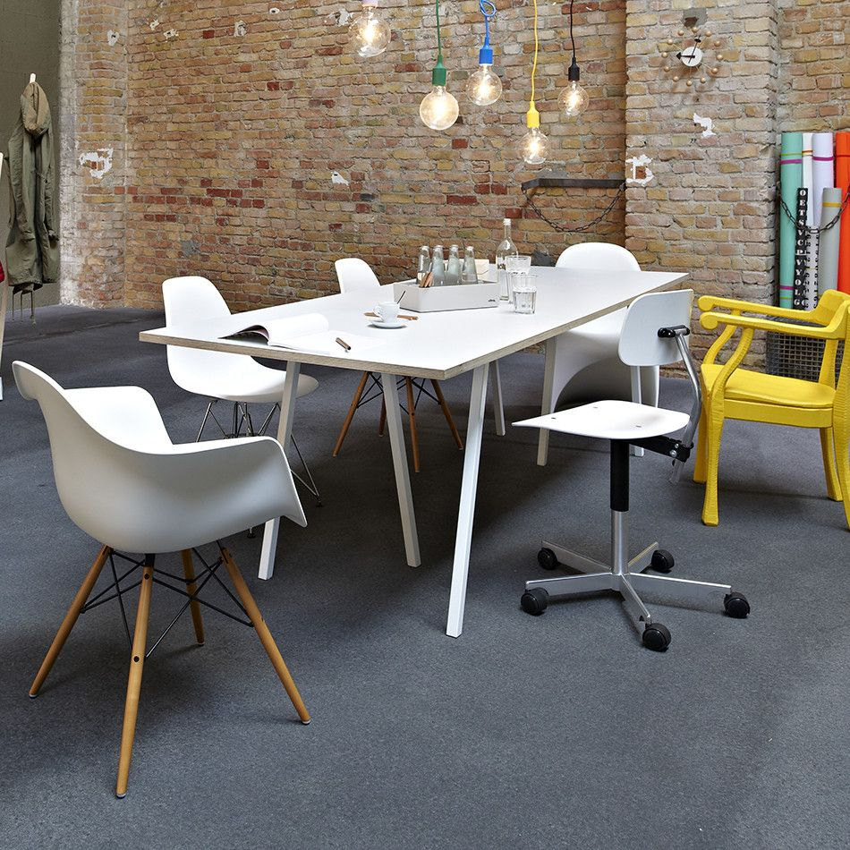 500 Hay Loop Stand Table Minimum Berlin New Office