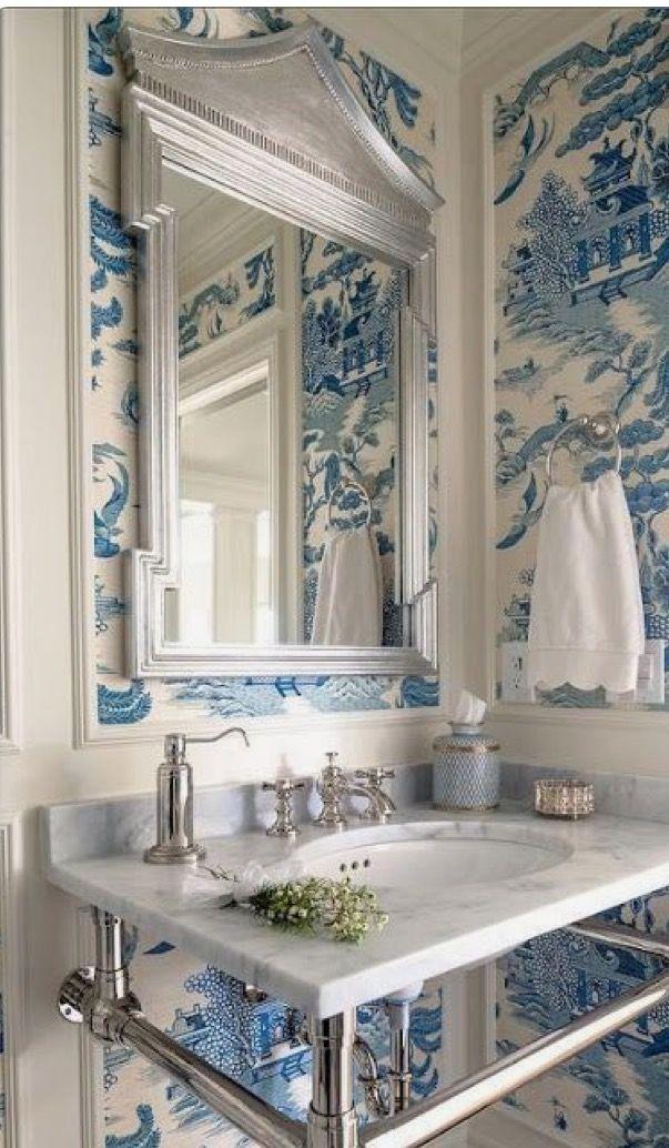 Pin de sentimentaljunkie en delft blue willow + Pinterest - baos lujosos