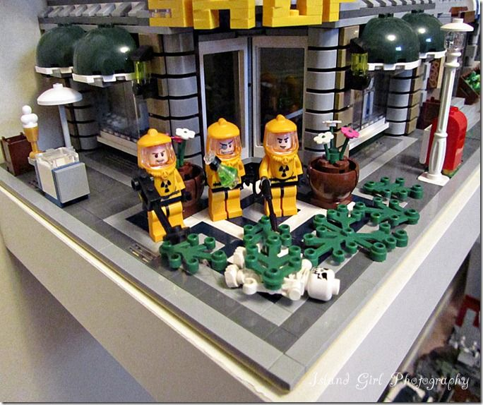 Toxic Spill in Lego City... Check out the funny Hazmat guys!