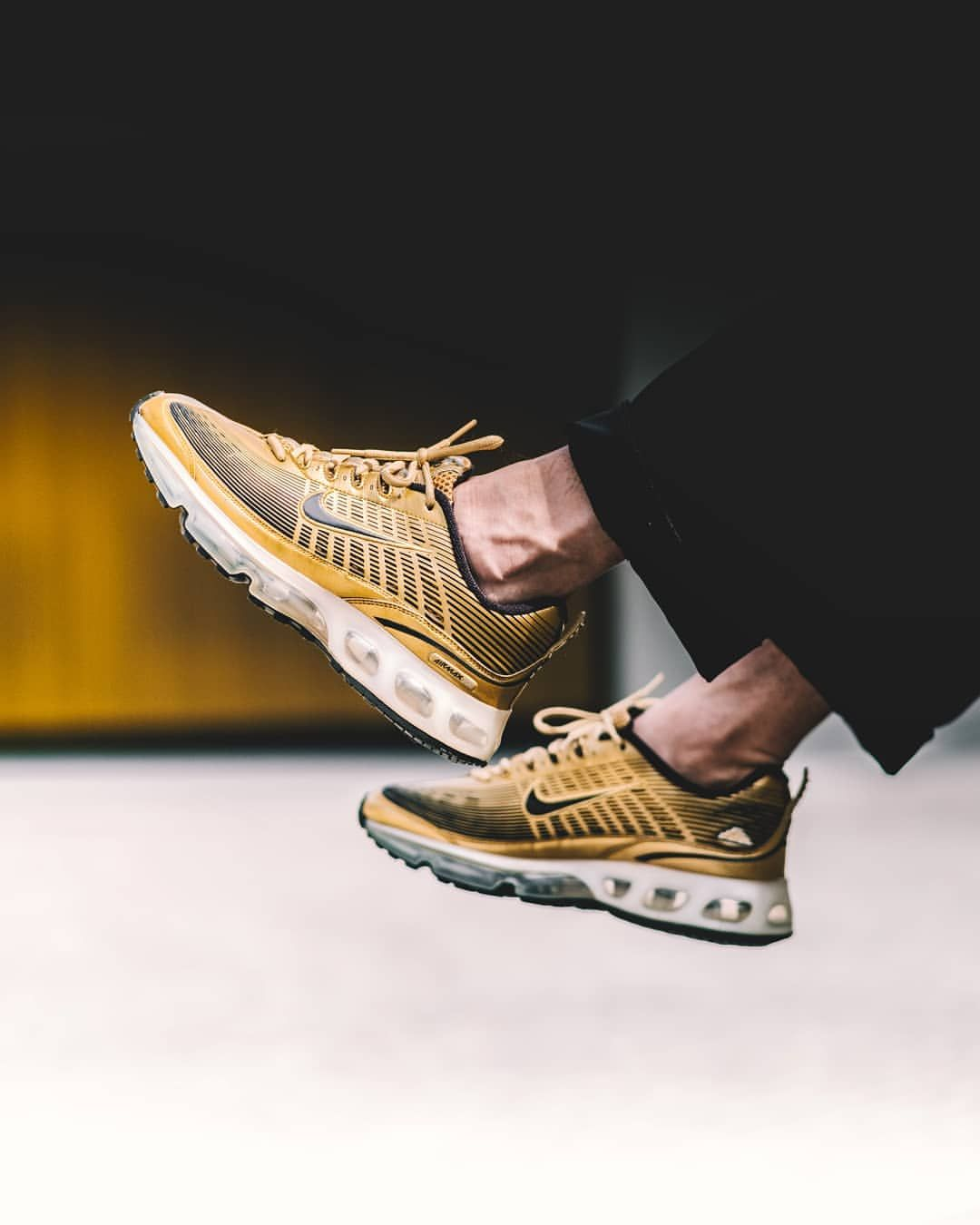 aa88f3e3c87 Nike Air Max 360  Gold