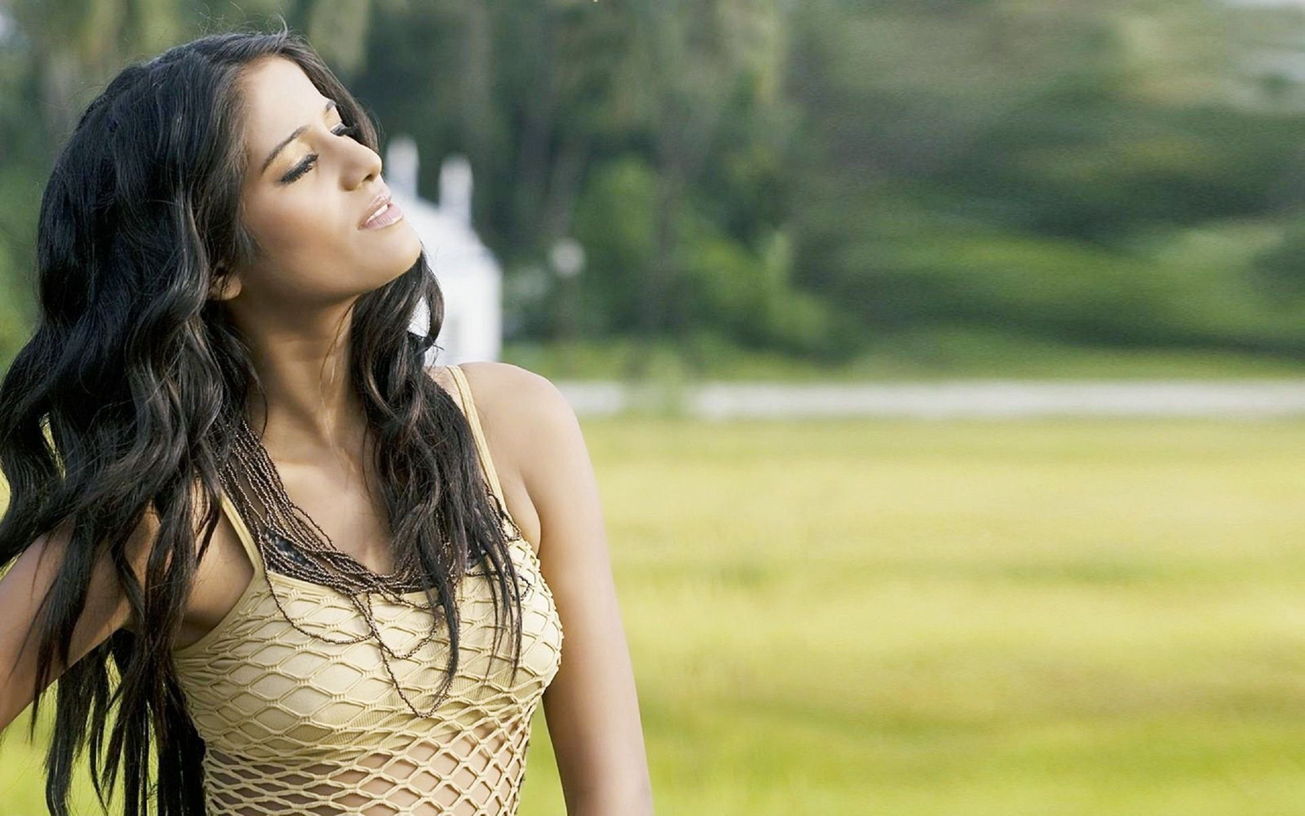 poonam pandey hd wallpaper - http://www.hd1080pwallpaper.in/indian