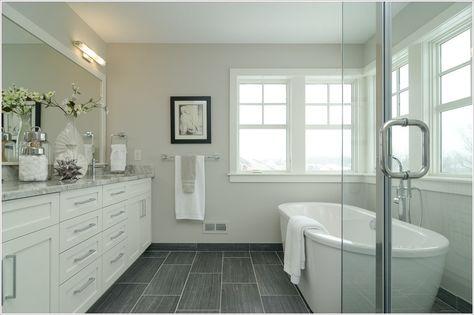 Best Bathroom Dark Floor Light Walls Mirror 48 Ideas Vannaya Stil Vannaya Okno