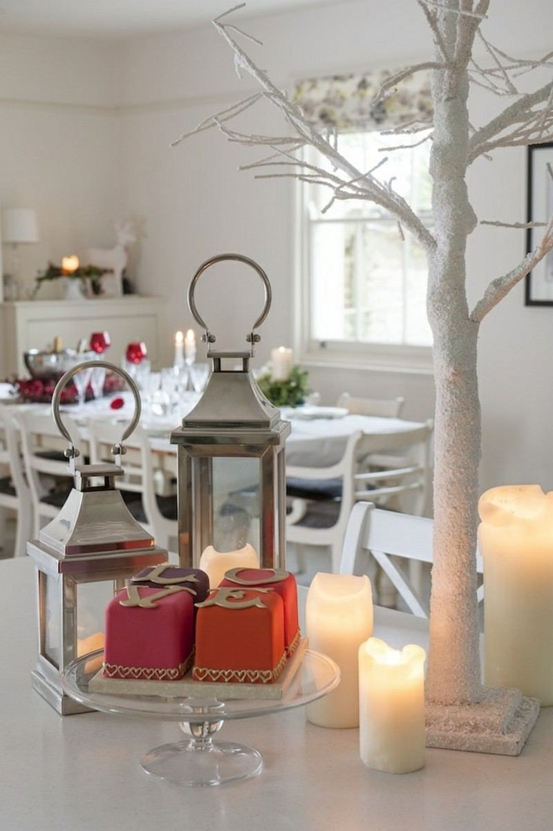 Genial Déco Table Noël Rouge Et Blanc   50 Idées Qui Unifient Le Moderne Et Le  Traditionnel