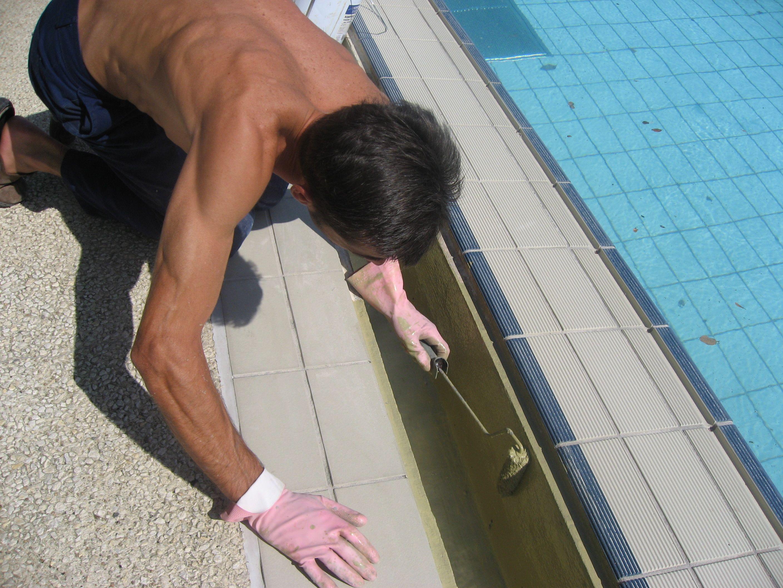 piscine etanchà ità des goulottes avec une rà sine polyurà thane