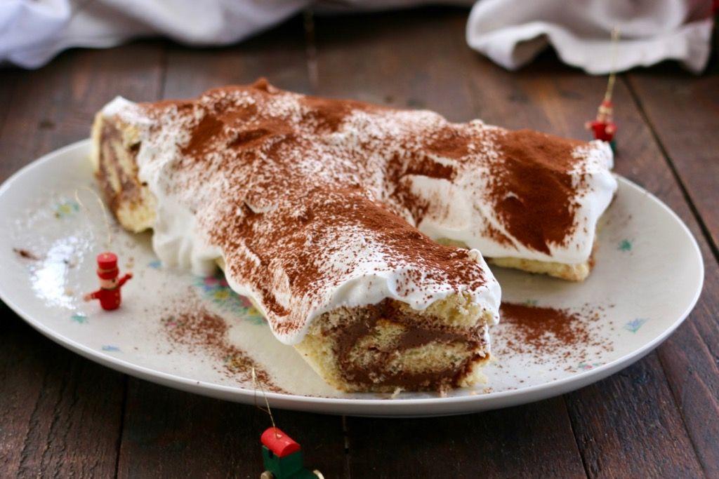 Tronchetto Di Natale Con Pandoro.Tronchetto Di Natale Di Pandoro Con Panna E Nutella Ricetta Nutella Ricette Dolci