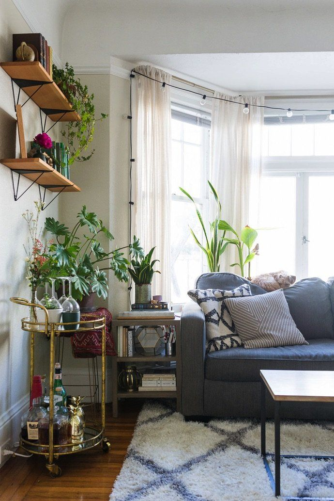 A Cozy, Plant-Filled Bohemian Apartment #cozyapartmentdecor