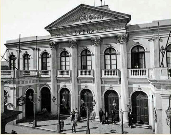 Edificio del primer Teatro Opera, en Corrientes entre Esmeralda y ...