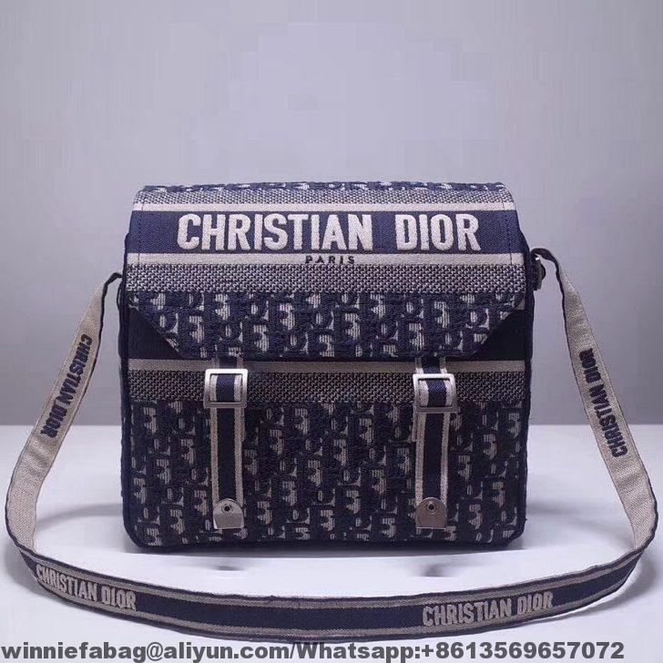 bc7a26af0 Dior Oblique Canvas Diorcamp Messenger Bag 2019   Dior in 2019 ...