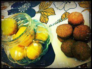 Lemon and almond cookies