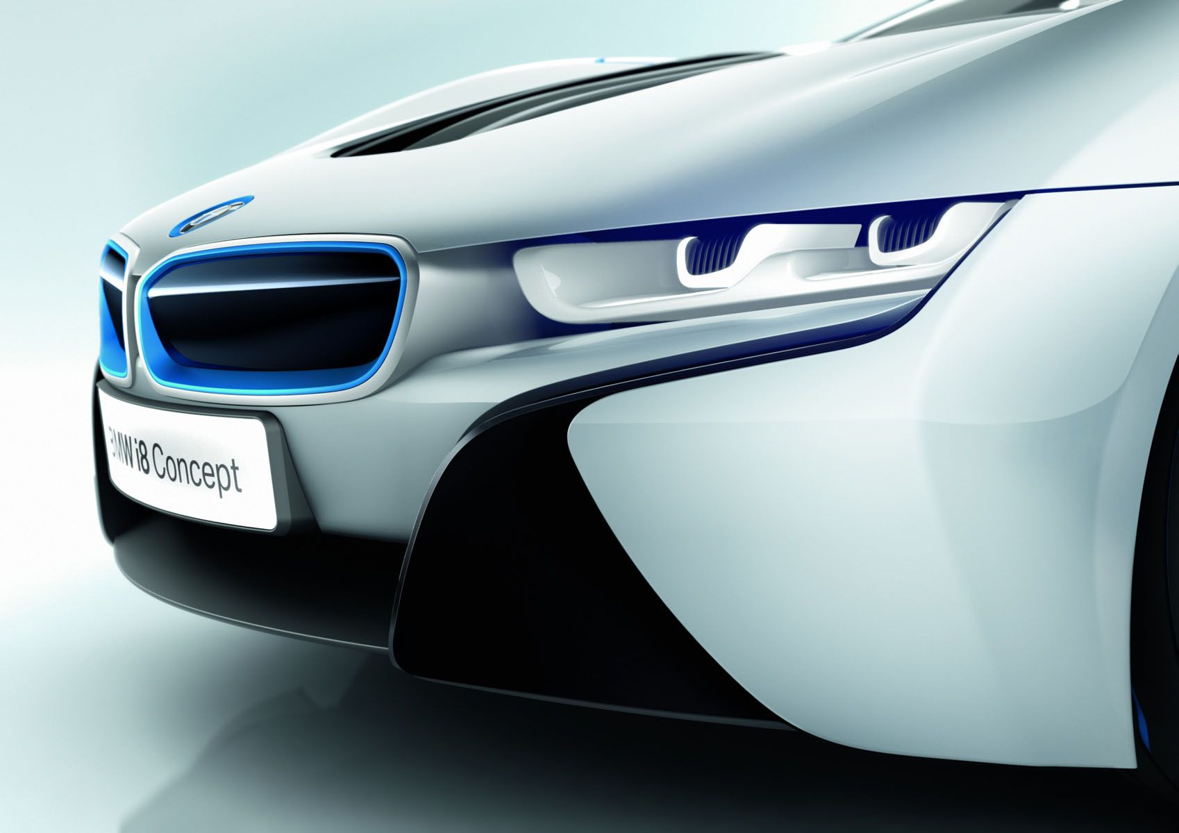 2014 BMW i8 Concept Front Headlight Close Up