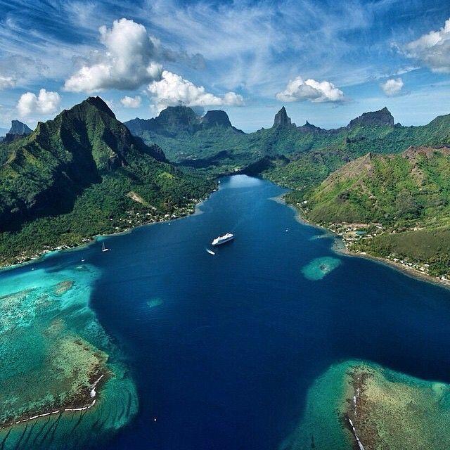 Opunohu Bay Moorea French Polynesia 🌺🌺 Credits
