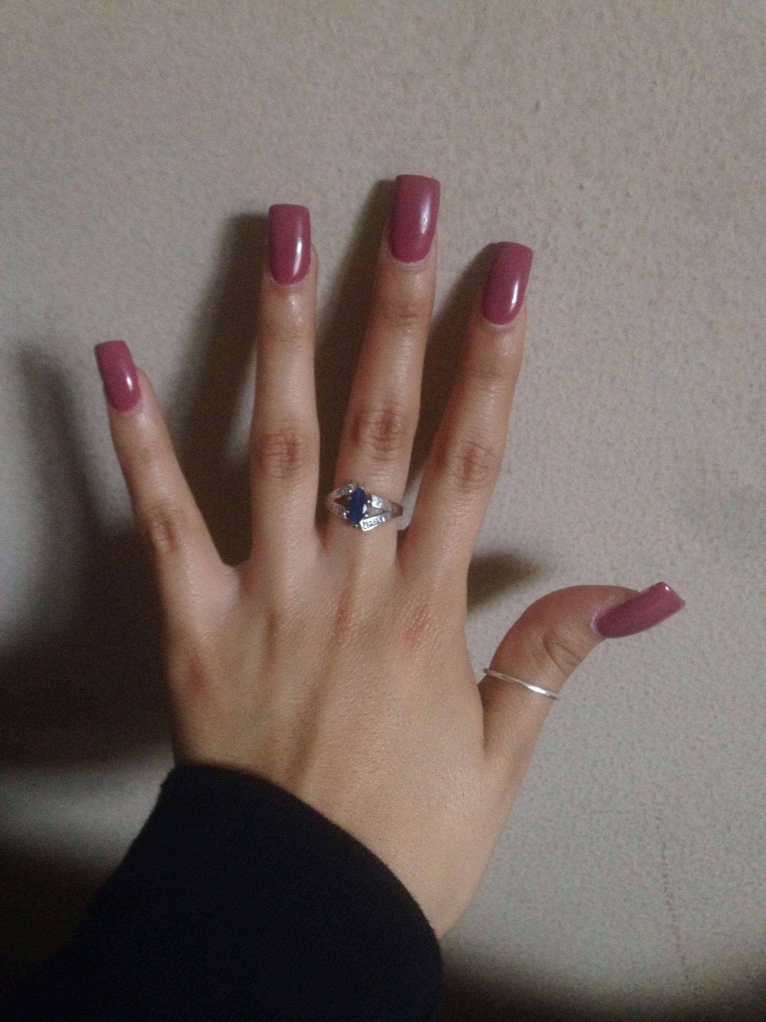 Hate the long square nails, specially that thumb.... loooove the ...