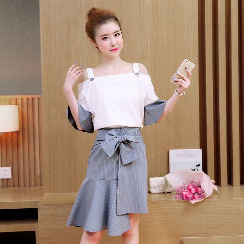 1963974da A Woman Design Blouse | Blouses n Shirts | Blouse designs, Stripe ...