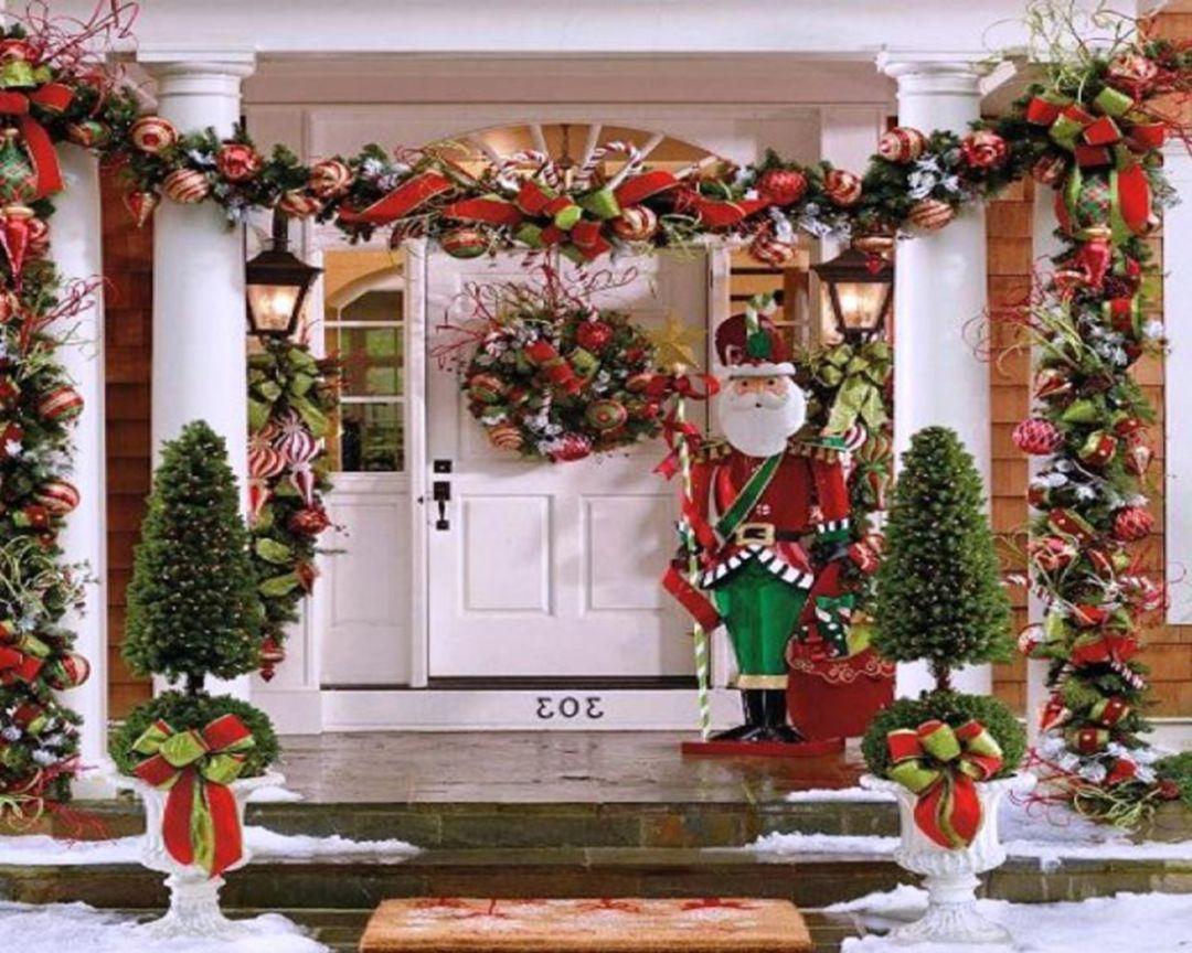 Cheap Easy DIY Outdoor Christmas Decorations   Front door ...