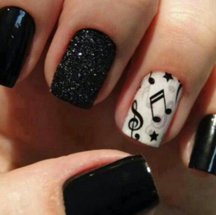 Cool music nails ♪