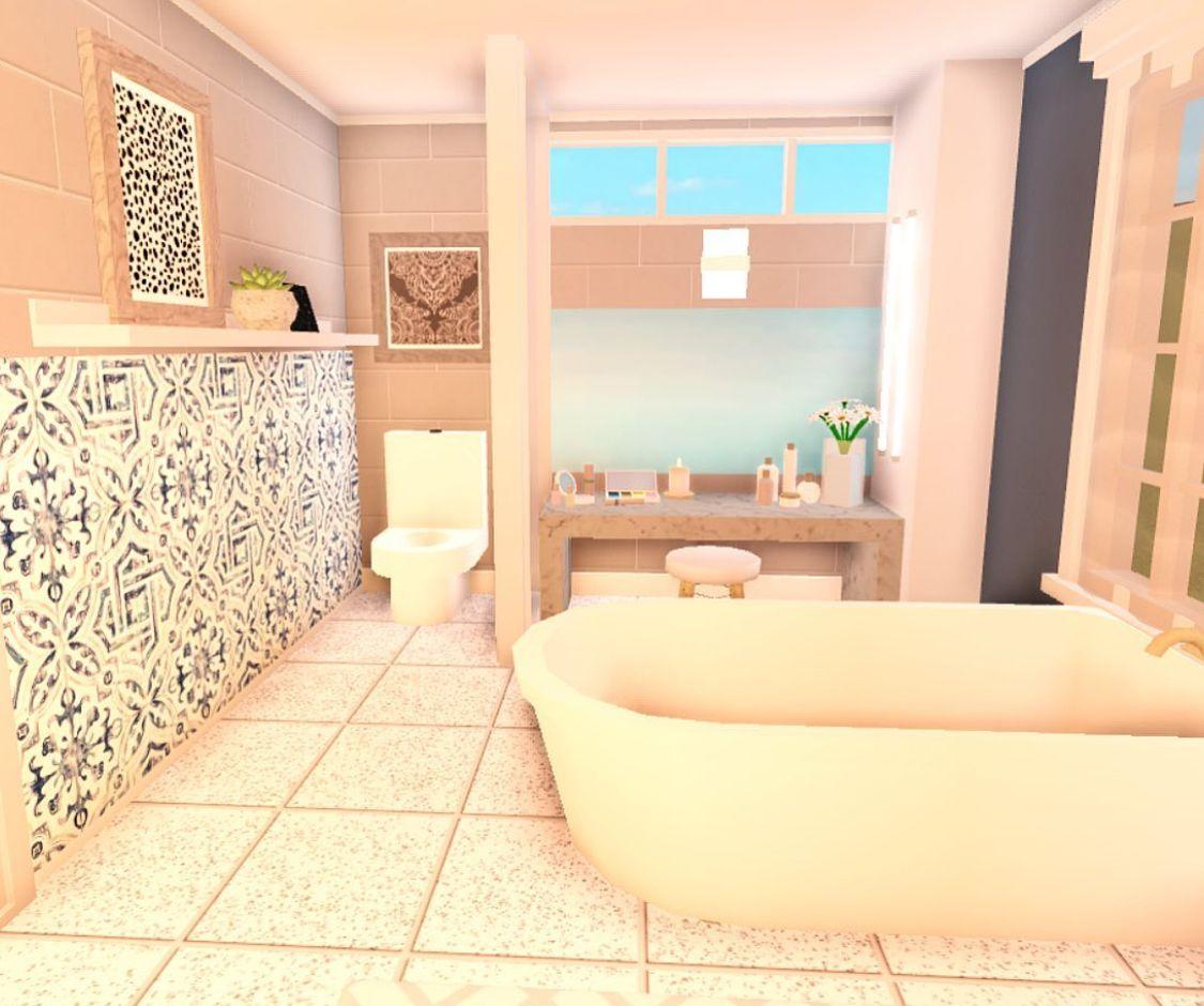 Bloxburg Cute Bathroom in 2020   Sims house design, Tiny ...