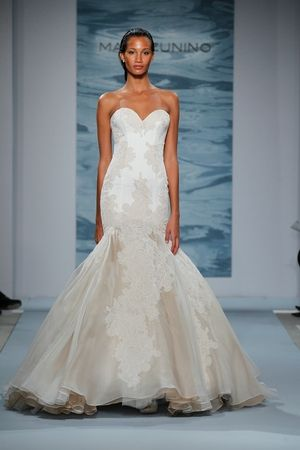 Mark Zunino - Sweetheart Mermaid Gown in Organza | Wedding Dreams ...